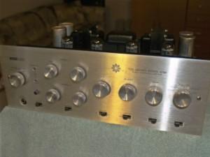 Harmon Kardon A700 Amp